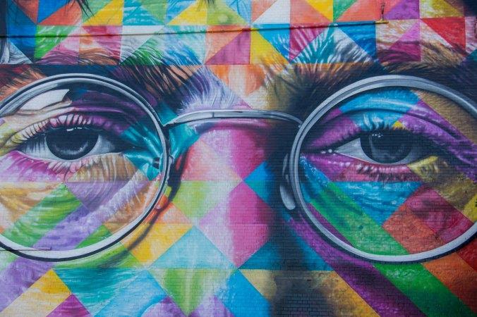 graffiti-painting-john-Lennon-glasses-and-eyes